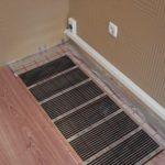 Теплые электрические полы: плюсы и минусы, вреден ли для здоровья, а также преимущества и недостатки нагревательных матов и пленочных полов