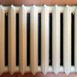 Чугунные радиаторы: современные батареи для квартиры, толщина их стенок, объем и вес одной секции