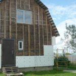 Утепление деревянного дома пенопластом снаружи: свойства материала, последовательность действий, подготовка стен, а также что лучше пеноплекс или пенопласт